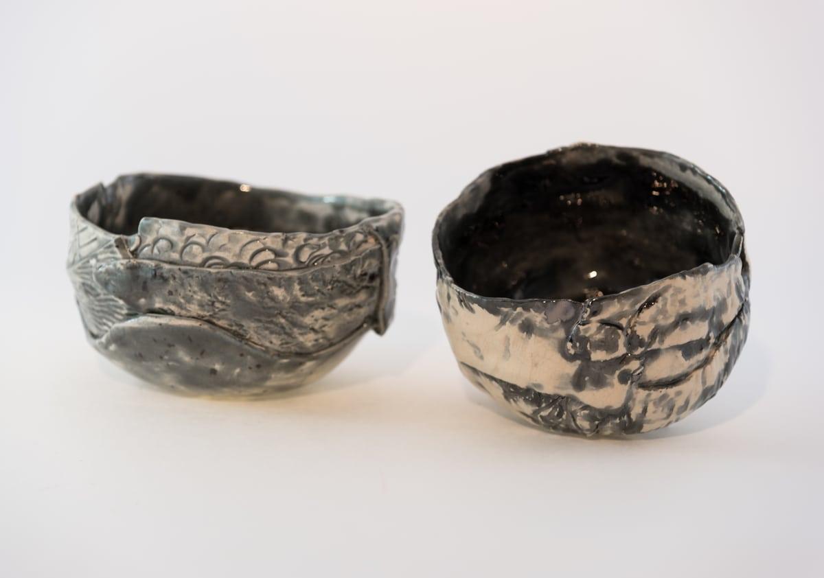Due piccoli complementi d'arredo in ceramica in argento
