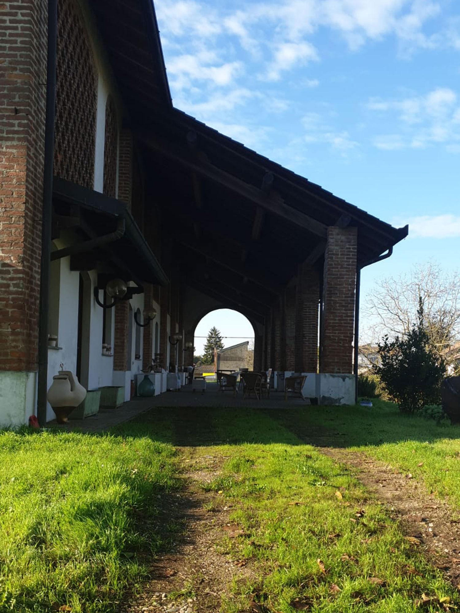 Porticato di Cascina Orologio a Pavia