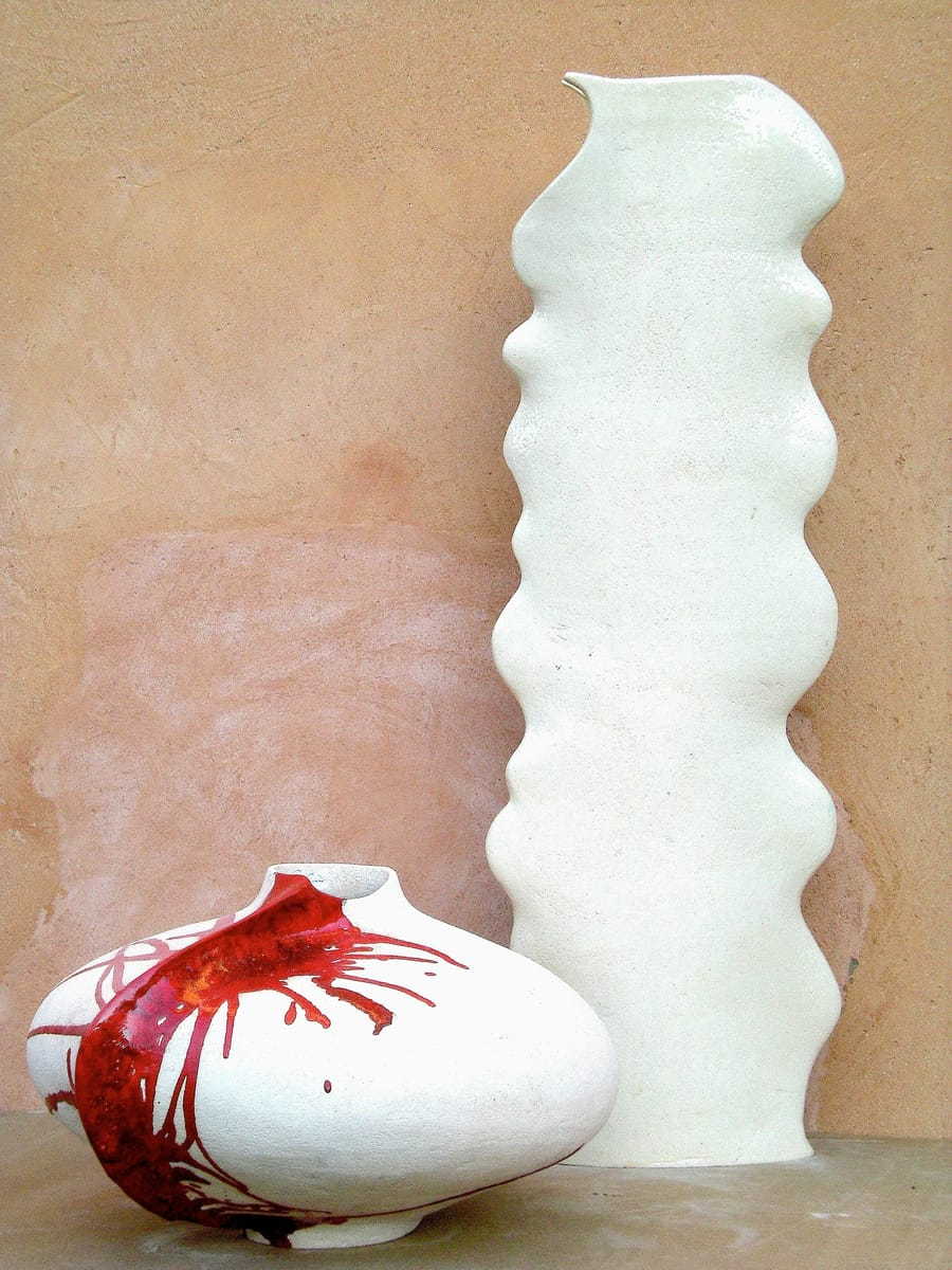 Complemento d'arredo e base lampada in ceramica bianca