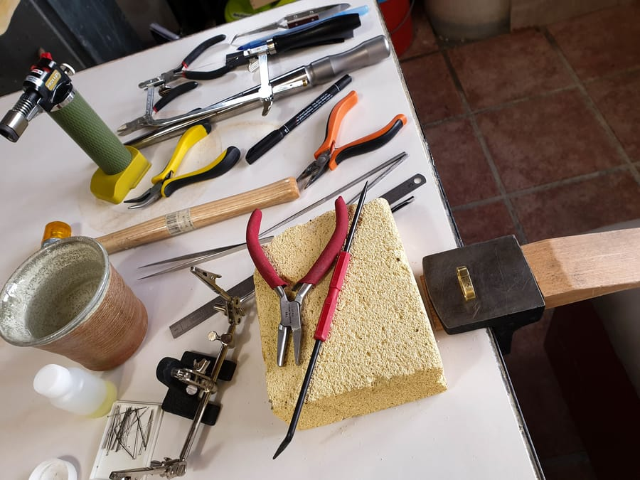 Tavolo da laboratorio di Cascina Orologio Vinny Maio Design