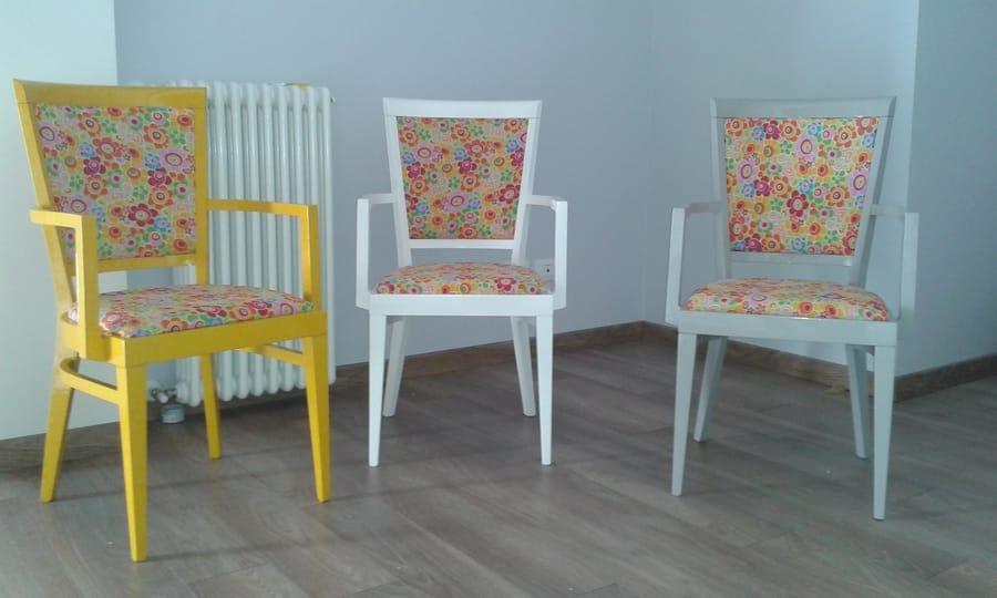 Ri-design tre sedie colorate