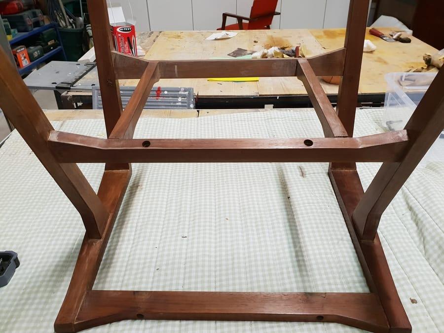 Restauro mobile in legno dall'artista Vinny Maio