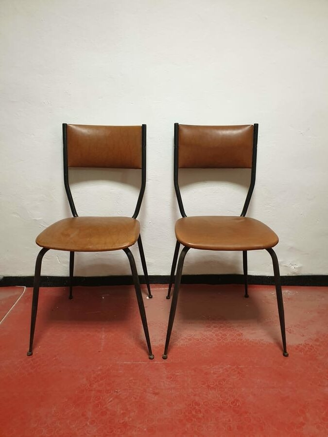 Ri-design sedie in ferro e similpelle anni Sessanta